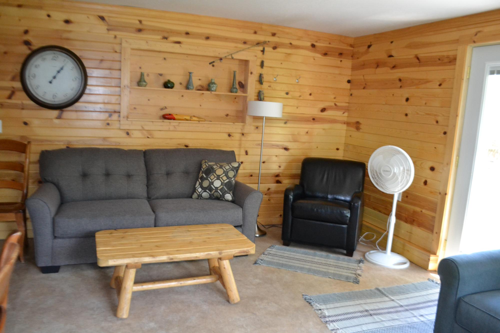 cabin_10_living_room.JPG