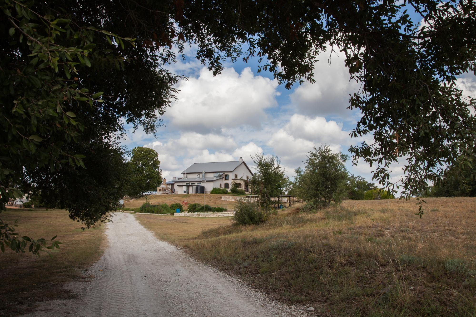 Flat_Creek_Property_1_-_Peary_Photography.jpg