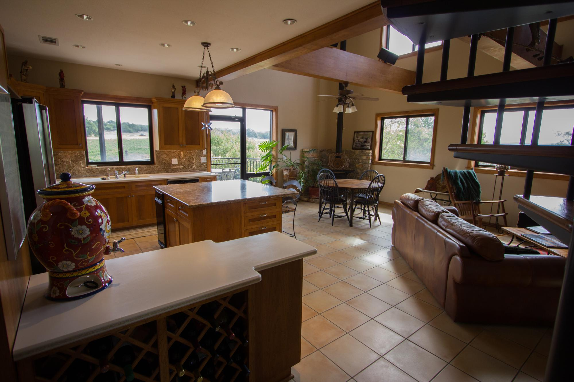 Vintner_s_Quarters_Kitchen___Living_-_Peary_Photography.jpg
