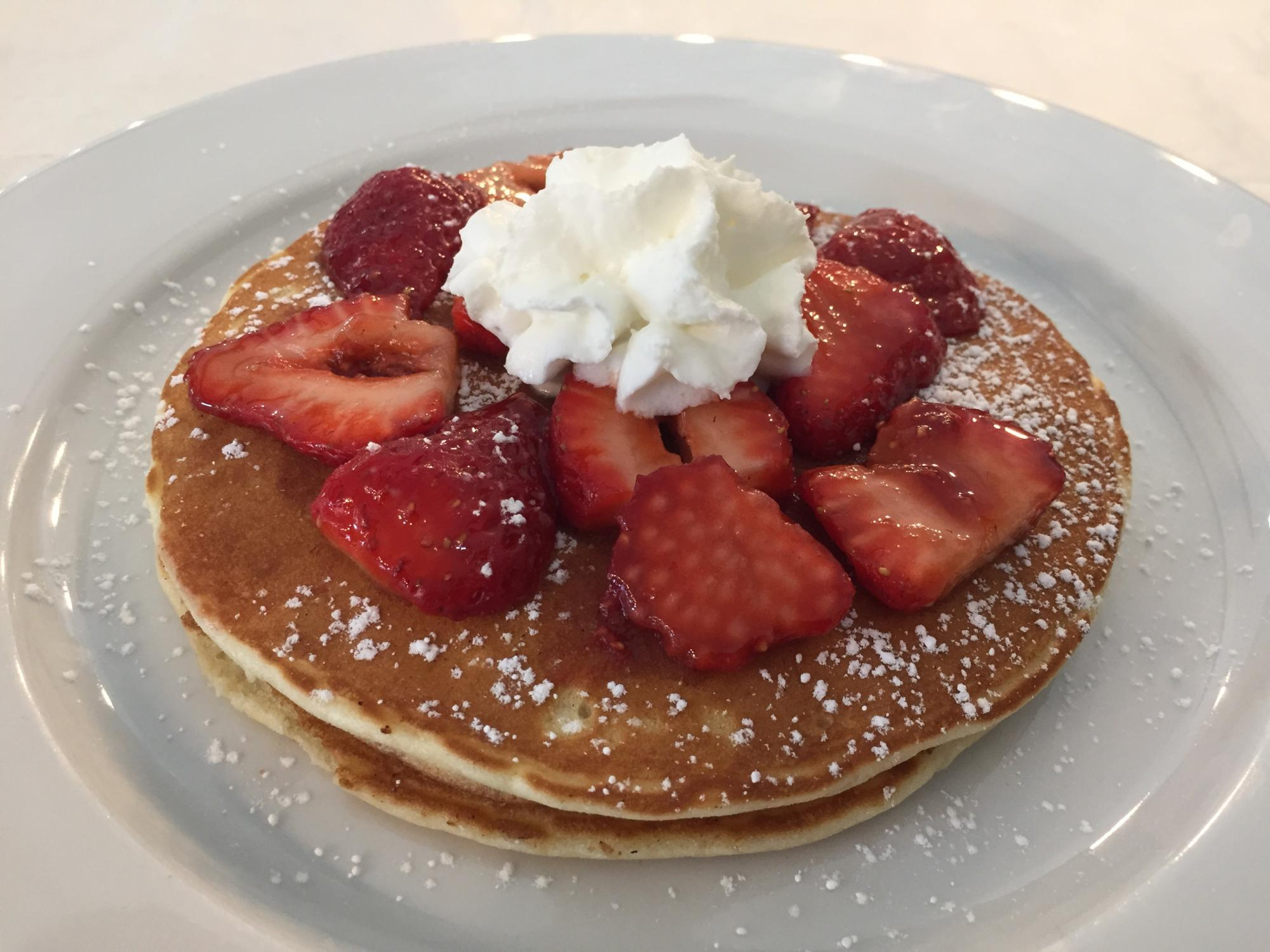 Lemon_Strawberry_Riccotta_Pancakes.JPG