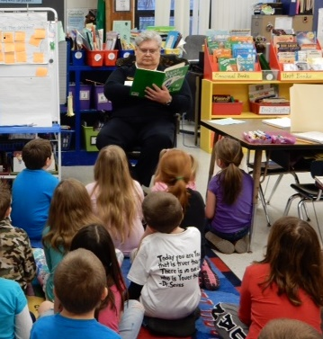 Fire_Chief_Robert_Holloway_reads_to_PPS_students..jpg