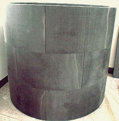 Segmented assembly of graphite insulation